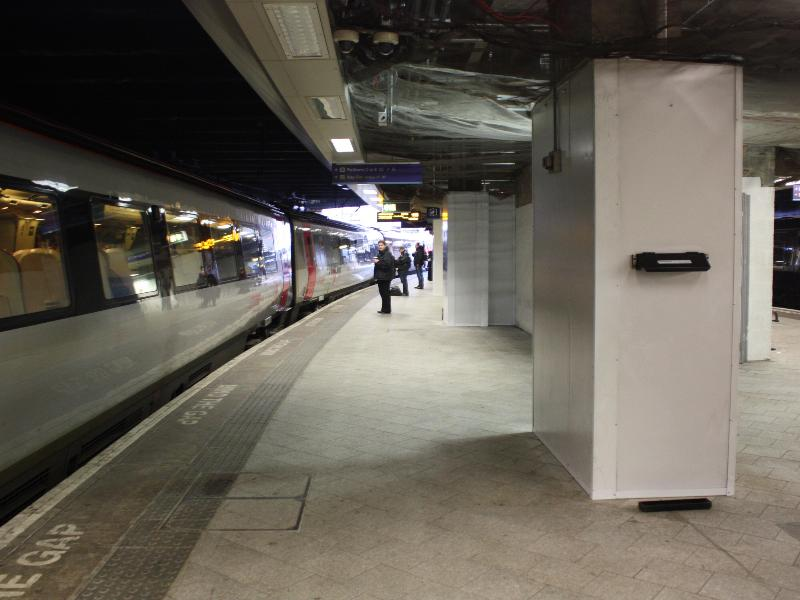 Birmingham new street station platform 11b for Salonarji s platformo